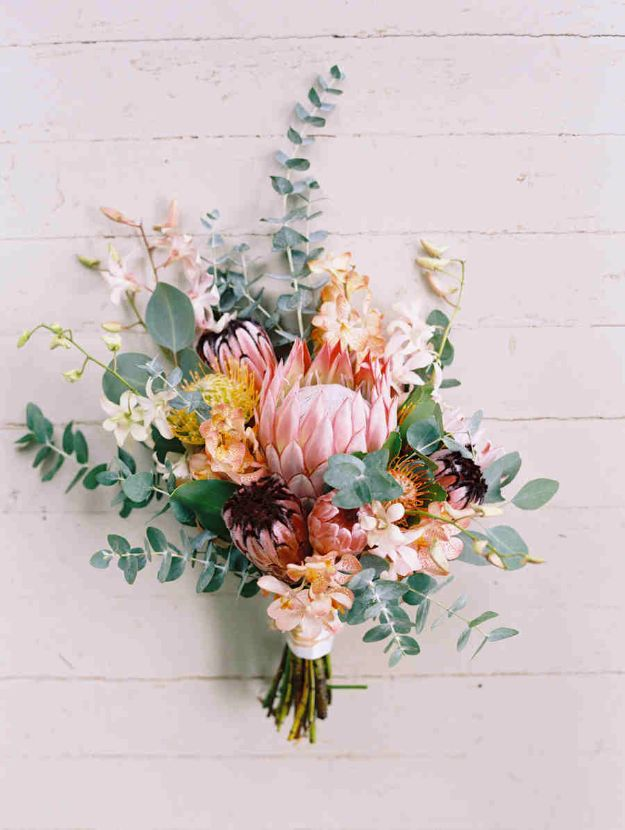 DIY Flowers for Weddings - Maui Wedding Bouquet - Centerpieces, Bouquets, Arrangements for Wedding Ceremony - Aisle Ideas, Rustic Bouquet Projects - Paper, Cheap, Fake Floral, Silk Flower Centerpiece To Make For Brides on A Budget - Decor for Spring, Summer, Winter and Fall http://diyjoy.com/diy-flowers-for-weddings