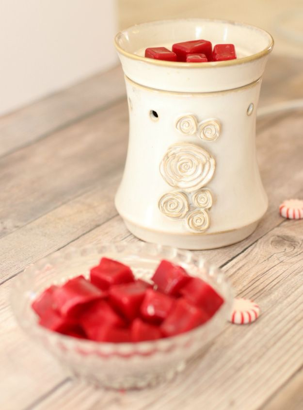 DIY Home Fragrance Ideas - Peppermint Candy Cane DIY Essential Oil Wax Melts - Easy Ways To Make your House and Home Smell Good - Essential Oils, Diffusers, DIY Lampe Berger Oil, Candles, Room Scents and Homemade Recipes for Odor Removal - Relaxing Lavender, Fresh Clean Smells, Lemon, Herb http://diyjoy.com/diy-home-fragrance-ideas