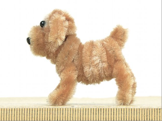 DIY Ideas With Dogs - Pipe Cleaner Dog - Cute and Easy DIY Projects for Dog Lovers - Wall and Home Decor Projects, Things To Make and Sell on Etsy - Quick Gifts to Make for Friends Who Have Puppies and Doggies - Homemade No Sew Projects- Fun Jewelry, Cool Clothes and Accessories #dogs #crafts #diyideas