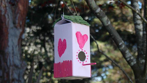 DIY Bird Houses - Plastic Milk Carton Birdhouse - Easy Bird House Ideas for Kids and Adult To Make - Free Plans and Tutorials for Wooden, Simple, Upcyle Designs, Recycle Plastic and Creative Ways To Make Rustic Outdoor Decor and a Home for the Birds - Fun Projects for Your Backyard This Summer http://diyjoy.com/diy-bird-houses