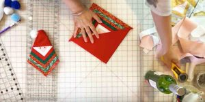 How to Make Quilted Santa Ornaments