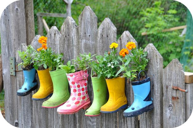 Container Gardening Ideas - Rain Boots Gardening - Easy Garden Projects for Containers and Growing Plants in Small Spaces - DIY Potting Tips and Planter Boxes for Vegetables, Herbs and Flowers - Simple Ideas for Beginners -Shade, Full Sun, Pation and Yard Landscape Idea tutorials http://diyjoy.com/container-gardening-ideas