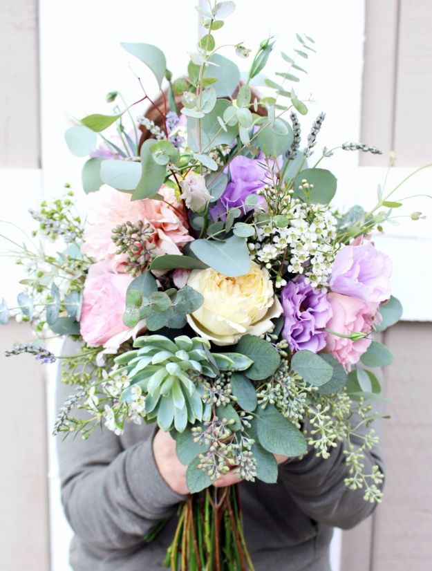DIY Flowers for Weddings - Romantic Rustic Florals - Centerpieces, Bouquets, Arrangements for Wedding Ceremony - Aisle Ideas, Rustic Bouquet Projects - Paper, Cheap, Fake Floral, Silk Flower Centerpiece To Make For Brides on A Budget - Decor for Spring, Summer, Winter and Fall http://diyjoy.com/diy-flowers-for-weddings