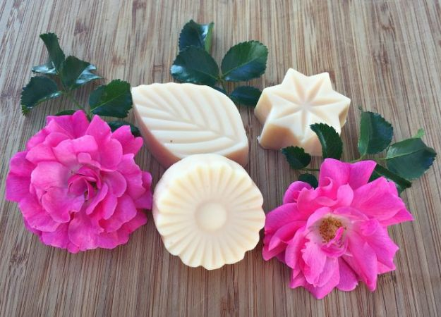 Rose Crafts - Rose Lotion Bars - Easy Craft Projects With Roses - Paper Flowers, Quilt Patterns, DIY Rose Art for Kids - Dried and Real Roses for Wall Art and Do It Yourself Home Decor - Mothers Day Gift Ideas - Fake Rose Arrangements That Look Amazing - Cute Centerrpieces and Crafty DIY Gifts With A Rose http://diyjoy.com/rose-crafts
