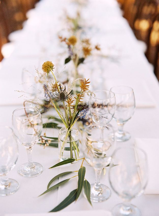 DIY Flowers for Weddings - Rustic Wedding Flowers - Centerpieces, Bouquets, Arrangements for Wedding Ceremony - Aisle Ideas, Rustic Bouquet Projects - Paper, Cheap, Fake Floral, Silk Flower Centerpiece To Make For Brides on A Budget - Decor for Spring, Summer, Winter and Fall http://diyjoy.com/diy-flowers-for-weddings