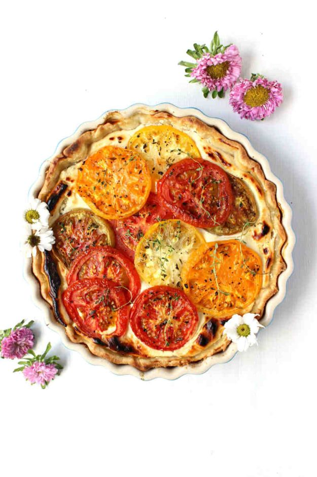 Best Brunch Recipes - Savory Goat Cheese Tomato Pie - Eggs, Pancakes, Waffles, Casseroles, Vegetable Dishes and Side, Potato Recipe Ideas for Brunches - Serve A Crowd and Family with the versions of Eggs Benedict, Mimosas, Muffins and Pastries, Desserts - Make Ahead , Slow Cooler and Healthy Casserole Recipes #brunch #breakfast #recipes
