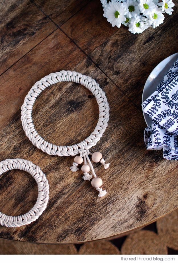 Macrame Crafts - Scandinavian Style Knotted Trivet - DIY Ideas and Easy Macrame Projects for Home Decor, Gifts and Wall Art - Cool Bracelets, Plant Holders, Beautiful Dream Catchers, Things To Make and Sell on Etsy, How To Make Knots for Your Macrame Craft Projects, Fun Ideas Even Kids and Teens Can Make #macrame #crafts #diyideas