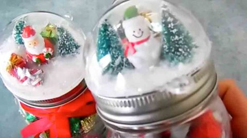 Watch How She Puts A Different Spin On Snow Globes For Some Clever Christmas Gifts! | DIY Joy Projects and Crafts Ideas