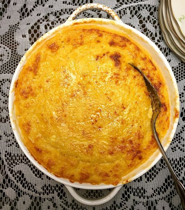 Best Brunch Recipes - Southern Cheese Grits Casserole - Eggs, Pancakes, Waffles, Casseroles, Vegetable Dishes and Side, Potato Recipe Ideas for Brunches - Serve A Crowd and Family with the versions of Eggs Benedict, Mimosas, Muffins and Pastries, Desserts - Make Ahead , Slow Cooler and Healthy Casserole Recipes #brunch #breakfast #recipes