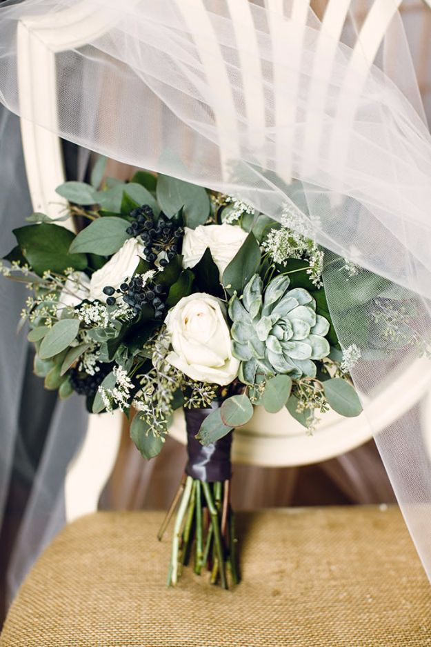 DIY Flowers for Weddings - Succulent Bouquet - Centerpieces, Bouquets, Arrangements for Wedding Ceremony - Aisle Ideas, Rustic Bouquet Projects - Paper, Cheap, Fake Floral, Silk Flower Centerpiece To Make For Brides on A Budget - Decor for Spring, Summer, Winter and Fall http://diyjoy.com/diy-flowers-for-weddings