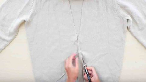 Watch The Incredible Way She Transforms An Ordinary Sweater Making It Very Stylish! | DIY Joy Projects and Crafts Ideas