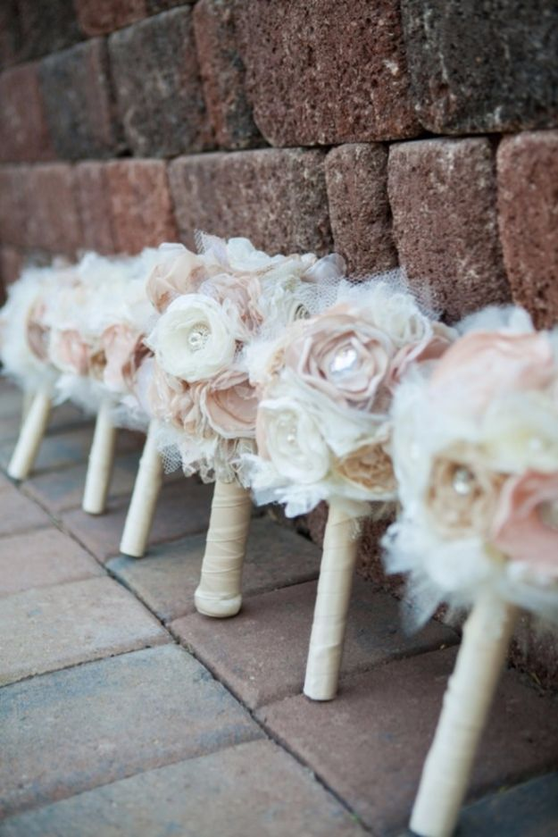 DIY Flowers for Weddings - Sweet Vintage Bouquets - Centerpieces, Bouquets, Arrangements for Wedding Ceremony - Aisle Ideas, Rustic Bouquet Projects - Paper, Cheap, Fake Floral, Silk Flower Centerpiece To Make For Brides on A Budget - Decor for Spring, Summer, Winter and Fall http://diyjoy.com/diy-flowers-for-weddings