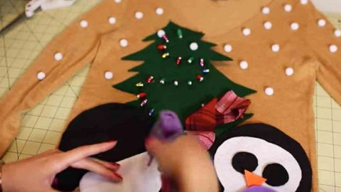 We All Need An Ugly Christmas Sweater And She Makes The Perfect One. Watch!   DIY Joy Projects and Crafts Ideas