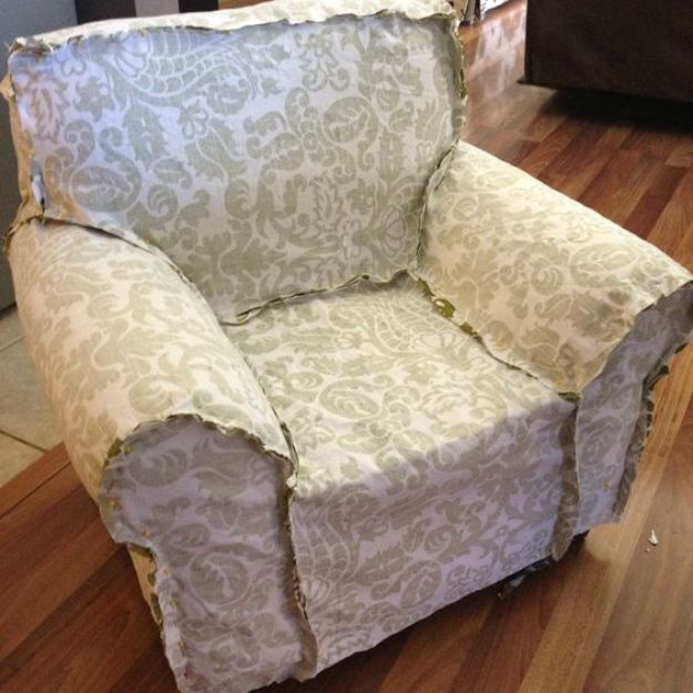 DIY Slipcovers - Upholstery Slipcover - Do It Yourself Slip Covers For Furniture - No Sew Ideas, Easy Fabrics Four Couch and Sofa Cover - Chair Projects and Ideas, How To Make a Slip cover with step by step tutorial and instructions - Cool DIY Home and Living Room Decor #slipcovers #diydecor