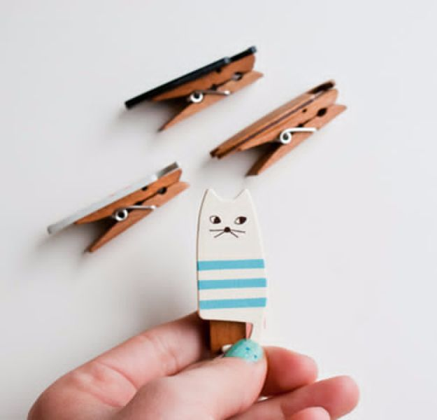 DIY Ideas With Cats - Wooden Cat Clothespins - Cute and Easy DIY Projects for Cat Lovers - Wall and Home Decor Projects, Things To Make and Sell on Etsy - Quick Gifts to Make for Friends Who Have Kittens and Kitties - Homemade No Sew Projects- Fun Jewelry, Cool Clothes, Pillows and Kitty Accessories http://diyjoy.com/diy-ideas-cats