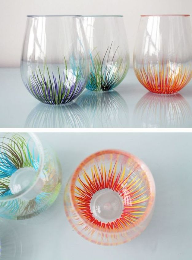 DIY Glassware - Add a Pop of Color to Your Glassware - Cool Bar and Drink Glasses You Can Make and Decorate for Creative and Unique Serving Glass Ideas - Mugs, Cups, Decanters, Pitchers and Glass Ware Projects - Paint, Etch, Etching Tutorials, Dotted, Sharpie Art and Dishwasher Safe Decorating Tips - Easy DIY Gift Ideas for Him and Her - Handmade Home Decor DIY