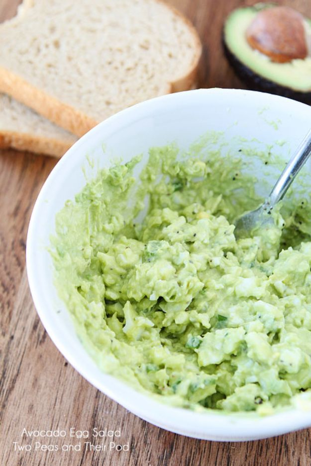St Patrick's Day Food and Recipe Ideas - Avocado Egg Salad - DIY St. Patrick's Day Party Recipes for Dinner, Desserts, Cookies, Cakes, Snacks, Dips and Drinks - Green Shamrocks, Leprechauns and Cute Party Foods - Easy Appetizers and Healthy Treats for Adults and Kids To Make - Potluck, Crockpot, Traditional and Corned Beef http://diyjoy.com/st-patricks-day-recipes