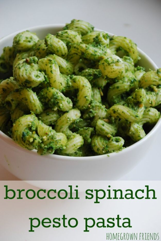 St Patrick's Day Food and Recipe Ideas - Broccoli Spinach Pesto Pasta - DIY St. Patrick's Day Party Recipes for Dinner, Desserts, Cookies, Cakes, Snacks, Dips and Drinks - Green Shamrocks, Leprechauns and Cute Party Foods - Easy Appetizers and Healthy Treats for Adults and Kids To Make - Potluck, Crockpot, Traditional and Corned Beef http://diyjoy.com/st-patricks-day-recipes