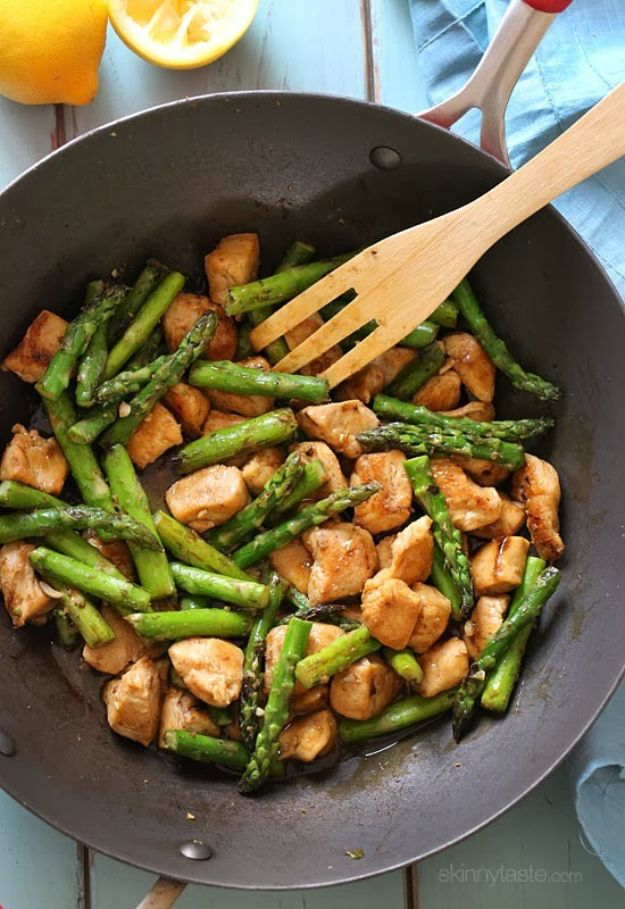 Best Lowfat Recipes - Chicken and Asparagus Lemon Stir Fry - Easy Low fat and Healthy Recipe Ideas For Eating Well and Dieting, Weight Loss - Quick Breakfasts, Lunch, Dinner, Snack and Desserts - Foods with Chicken, Vegetables, Salad, Low Carb, Beef, Egg, Gluten Free http://diyjoy.com/best-lowfat-recipes