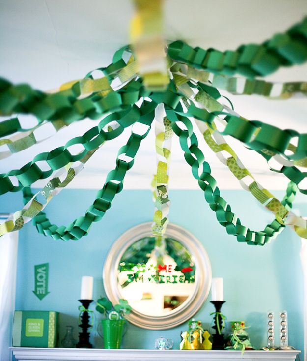 St Patricks Day Decor Ideas - Clover Filled Ceiling - DIY St. Patrick's Day Party Decorations and Home Decor Crafts - Projects for Walls, Hanging Banners, Wreaths, Tabletop Centerpieces and Party Favors - Green Shamrocks, Leprechauns and Cute and Easy Do It Yourself Decor For Parties - Cheap Dollar Store Ideas for Those On A Budget http://diyjoy.com/diy-st-patricks-day-decor