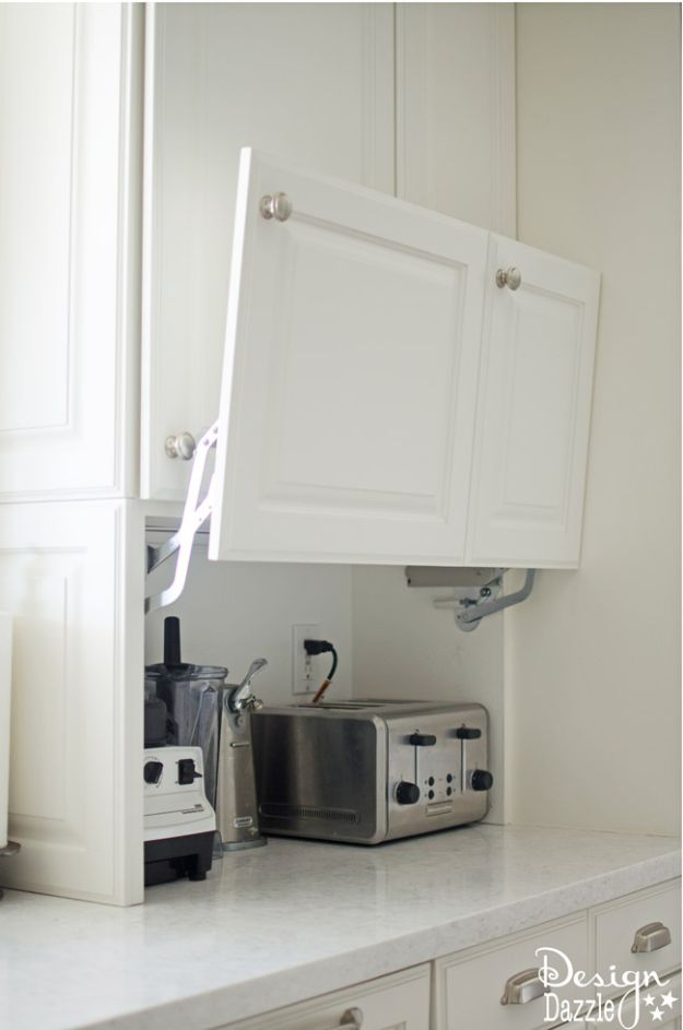 DIY Kitchen Cabinet Ideas - Creative Hidden Storage - Makeover and Before and After - How To Build, Plan and Renovate Your Kitchen Cabinets - Painted, Cheap Refact, Free Plans, Rustic Decor, Farmhouse and Vintage Looks, Modern Design and Inexpensive Budget Friendly Projects http://diyjoy.com/diy-kitchen-cabinets