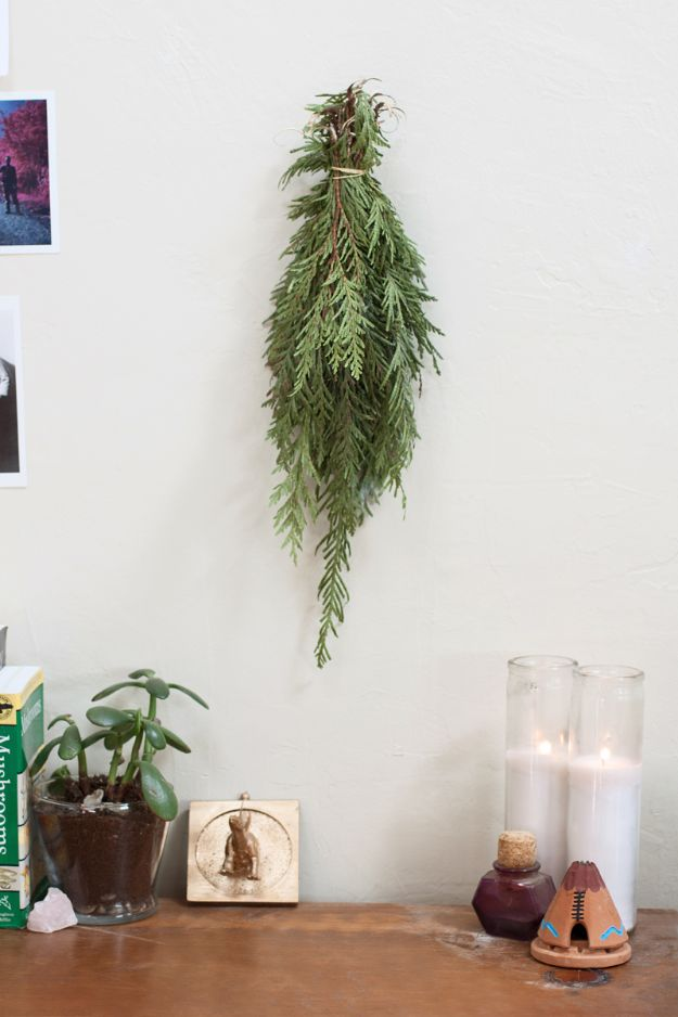 DIY Wall Hangings - DIY Cedar Smudge Sticks And Wall Hangings - Easy Yarn Projects , Macrame Ideas , Fabric Tapestry and Paper Arts and Crafts , Planter and Wood Board Ideas for Bedroom and Living Room Decor - Cute Mobile and Wall Hanging for Nursery and Kids Rooms http://diyjoy.com/diy-wall-hangings