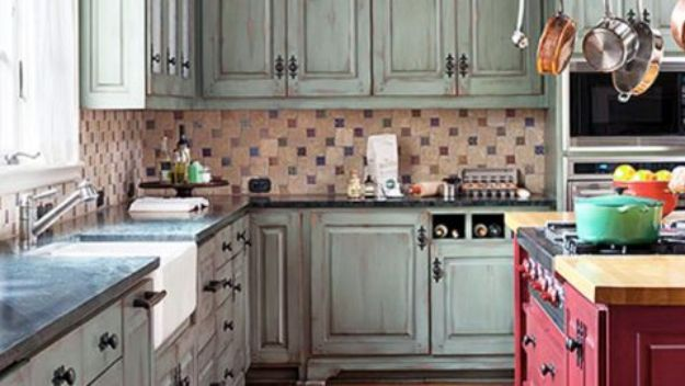 DIY Kitchen Cabinet Ideas - DIY Distressed Cabinets - Makeover and Before and After - How To Build, Plan and Renovate Your Kitchen Cabinets - Painted, Cheap Refact, Free Plans, Rustic Decor, Farmhouse and Vintage Looks, Modern Design and Inexpensive Budget Friendly Projects