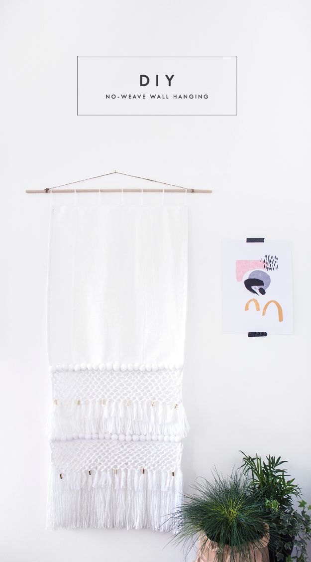 DIY Wall Hangings - DIY No Weave Wall Hanging - Easy Yarn Projects , Macrame Ideas , Fabric Tapestry and Paper Arts and Crafts , Planter and Wood Board Ideas for Bedroom and Living Room Decor - Cute Mobile and Wall Hanging for Nursery and Kids Rooms #wallart #diy #roomdecor