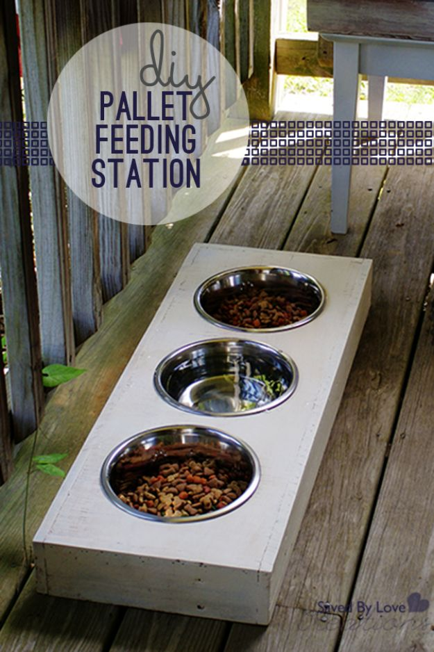DIY Pet Bowls And Feeding Stations - DIY Wood Pallet Dog Feeder - Easy Ideas for Serving Dog and Cat Food, Ways to Raise and Store Bowls - Organize Your Dog Food and Water Bowl With These Cute and Creative Ideas for Dogs and Cats- Monogram, Painted, Personalized and Rustic Crafts and Projects http://diyjoy.com/diy-pet-bowls-feeding-station