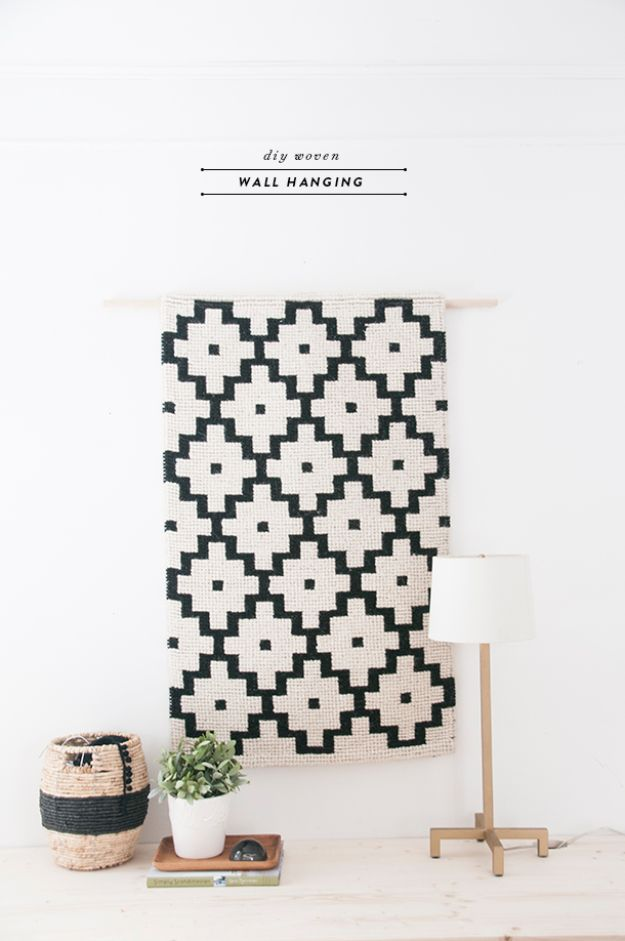 DIY Wall Hangings - DIY Woven Wall Hanging - Easy Yarn Projects , Macrame Ideas , Fabric Tapestry and Paper Arts and Crafts , Planter and Wood Board Ideas for Bedroom and Living Room Decor - Cute Mobile and Wall Hanging for Nursery and Kids Rooms #wallart #diy #roomdecor