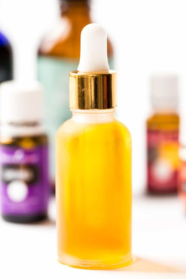 DIY Essential Oil Recipes and Ideas - Everyday DIY Facial Serum - Cool Recipes, Crafts and Home Decor to Make With Essential Oil - Diffuser Projects, Roll On Prodicts for Skin - Recipe Tutorials for Cleaning, Colds, For Sleep, For Hair, For Paint, For Weight Loss #crafts #diy #essentialoils