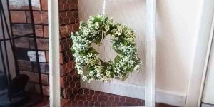 She Makes A Super Easy Farmhouse Decor Piece That Is The Perfect Focal Point!
