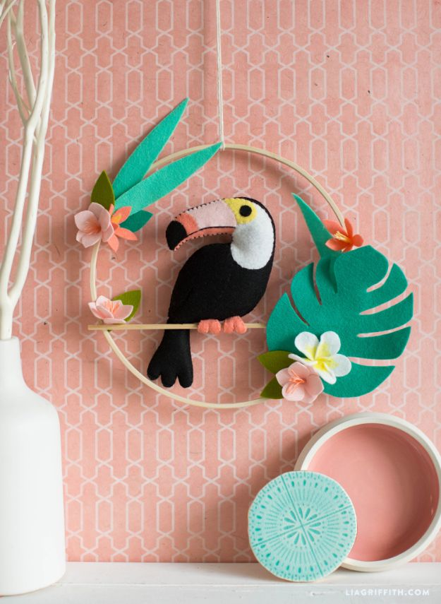 DIY Wall Hangings - Felt Toucan Wall Hanging - Easy Yarn Projects , Macrame Ideas , Fabric Tapestry and Paper Arts and Crafts , Planter and Wood Board Ideas for Bedroom and Living Room Decor - Cute Mobile and Wall Hanging for Nursery and Kids Rooms #wallart #diy #roomdecor