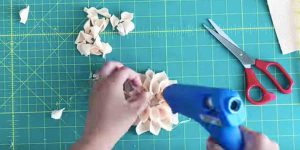 She Makes These Beautiful Felt Flowers And What She Does With Them Is Fabulous!