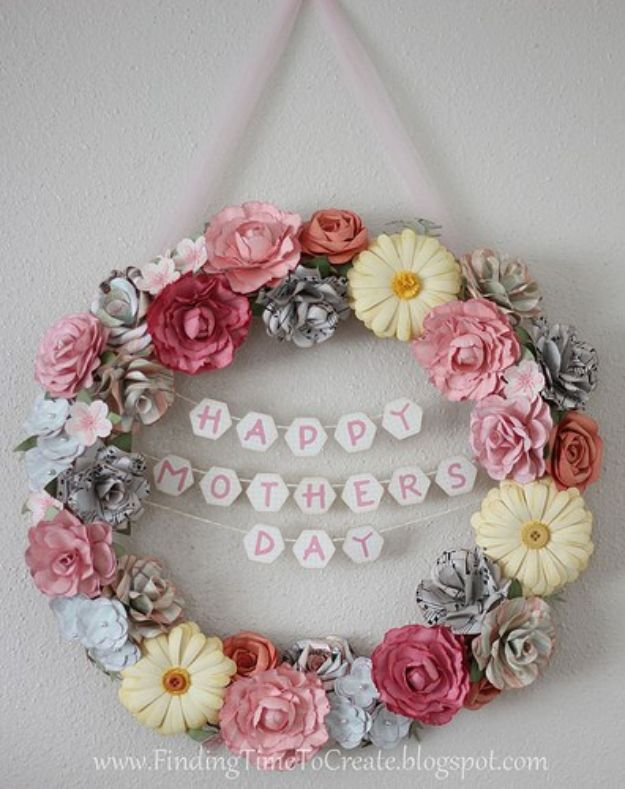 Best Mothers Day Ideas - Floral Wreath With Paper Flowers - Easy and Cute DIY Projects to Make for Mom - Cool Gifts and Homemade Cards, Gift in A Jar Ideas - Cheap Things You Can Make for Your Mother http://diyjoy.com/diy-mothers-day-ideas