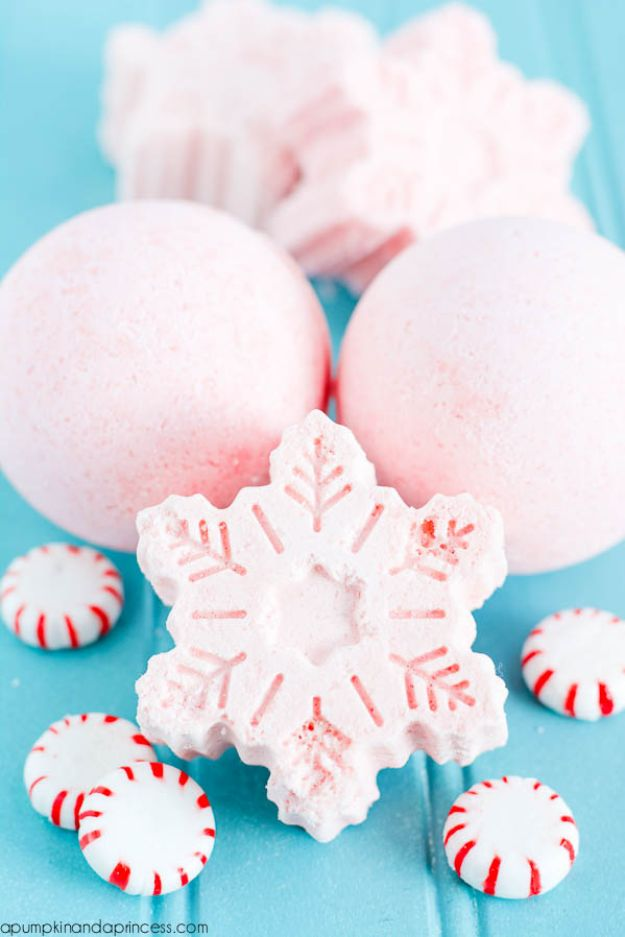 DIY Essential Oil Recipes and Ideas - Handmade Peppermint Bath Bombs - Cool Recipes, Crafts and Home Decor to Make With Essential Oil - Diffuser Projects, Roll On Prodicts for Skin - Recipe Tutorials for Cleaning, Colds, For Sleep, For Hair, For Paint, For Weight Loss #crafts #diy #essentialoils