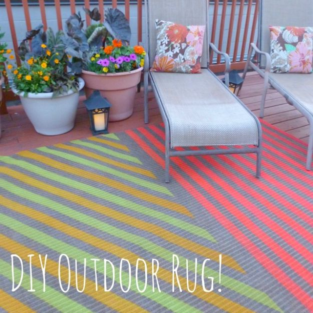 DIY Rugs - Insanely Awesome DIY Outdoor Rug - Ideas for An Easy Handmade Rug for Living Room, Bedroom, Kitchen Mat and Cheap Area Rugs You Can Make - Stencil Art Tutorial, Painting Tips, Fabric, Yarn, Old Denim Jeans, Rope, Tshirt, Pom Pom, Fur, Crochet, Woven and Outdoor Projects - Large and Small Carpet http://diyjoy.com/diy-rug-tutorials
