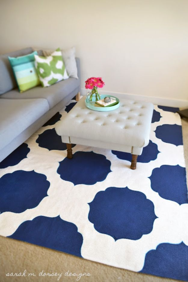DIY Rugs - Moroccan Stenciled Rug - Ideas for An Easy Handmade Rug for Living Room, Bedroom, Kitchen Mat and Cheap Area Rugs You Can Make - Stencil Art Tutorial, Painting Tips, Fabric, Yarn, Old Denim Jeans, Rope, Tshirt, Pom Pom, Fur, Crochet, Woven and Outdoor Projects - Large and Small Carpet #diyrugs #diyhomedecor