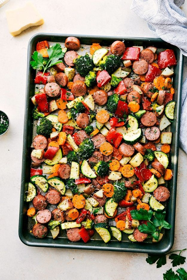 Best Lowfat Recipes - One Pan Healthy Italian Sausage And Veggies - Easy Low fat and Healthy Recipe Ideas For Eating Well and Dieting, Weight Loss - Quick Breakfasts, Lunch, Dinner, Snack and Desserts - Foods with Chicken, Vegetables, Salad, Low Carb, Beef, Egg, Gluten Free http://diyjoy.com/best-lowfat-recipes
