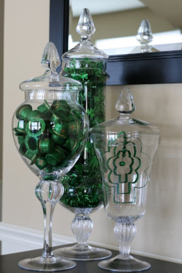 St Patricks Day Decor Ideas - St. Patrick's Day Apothecary Jars - DIY St. Patrick's Day Party Decorations and Home Decor Crafts - Projects for Walls, Hanging Banners, Wreaths, Tabletop Centerpieces and Party Favors - Green Shamrocks, Leprechauns and Cute and Easy Do It Yourself Decor For Parties - Cheap Dollar Store Ideas for Those On A Budget http://diyjoy.com/diy-st-patricks-day-decor