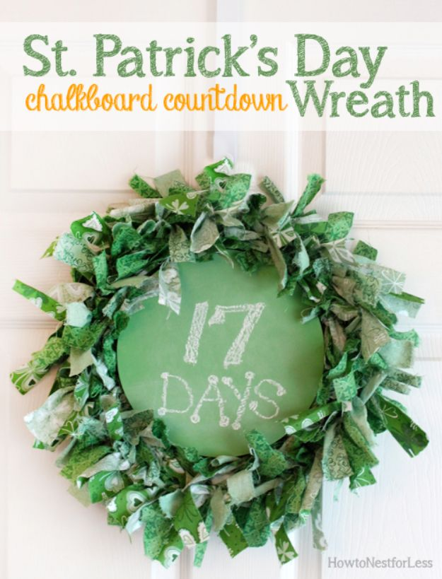 St Patricks Day Decor Ideas - St. Patrick's Day Chalkboard Countdown Wreath - DIY St. Patrick's Day Party Decorations and Home Decor Crafts - Projects for Walls, Hanging Banners, Wreaths, Tabletop Centerpieces and Party Favors - Green Shamrocks, Leprechauns and Cute and Easy Do It Yourself Decor For Parties - Cheap Dollar Store Ideas for Those On A Budget http://diyjoy.com/diy-st-patricks-day-decor
