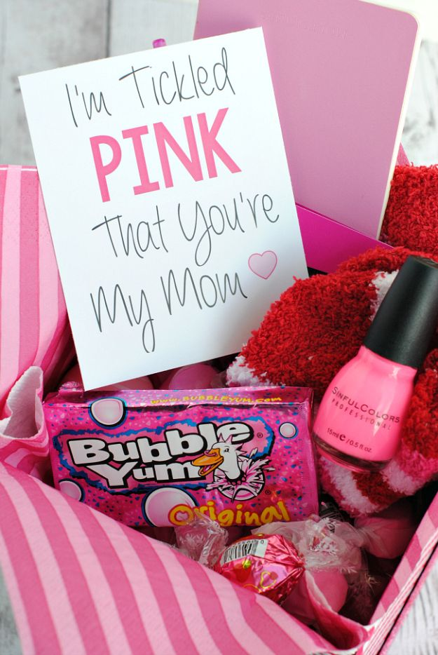Best Mothers Day Ideas - Tickled Pink Gift Idea - Easy and Cute DIY Projects to Make for Mom - Cool Gifts and Homemade Cards, Gift in A Jar Ideas - Cheap Things You Can Make for Your Mother http://diyjoy.com/diy-mothers-day-ideas