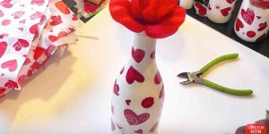 It's Amazing What She Does With Bottles And Mason Jars For Valentines Day Gifts!