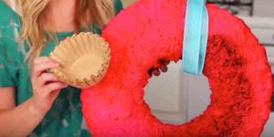 It's Amazing The Special Valentine's DIY She Makes Using Coffee Filters!