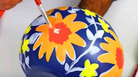 Watch How He Paints This Incredibly Beautiful Vase Inspired By A Famous Designer! | DIY Joy Projects and Crafts Ideas