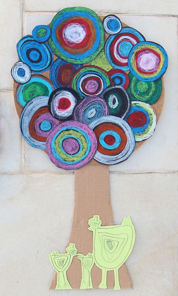 Crafts for Boys - (bricolage pour garçons). Blooming Tree Kid's Craft For Tu B'shevat - Cute Crafts for Young Boys, Toddlers and School Children - Fun Paints to Make, Arts and Craft Ideas, Wall Art Projects, Colorful Alphabet and Glue Crafts, String Art, Painting Lessons, Des tutoriels de projets bon marché et des choses peu coûteuses à faire à la maison pour les enfants. Décoration de chambre mignonne et cadeaux DIY à faire pour maman et papa #diyideas #kidscrafts #craftsforboys's Craft For Tu B'shevat - Cute Crafts for Young Boys, Toddlers and School Children - Fun Paints to Make, Arts and Craft Ideas, Wall Art Projects, Colorful Alphabet and Glue Crafts, String Art, Painting Lessons, Cheap Project Tutorials and Inexpensive Things for Kids to Make at Home - Cute Room Decor and DIY Gifts to Make for Mom and Dad #diyideas #kidscrafts #craftsforboys