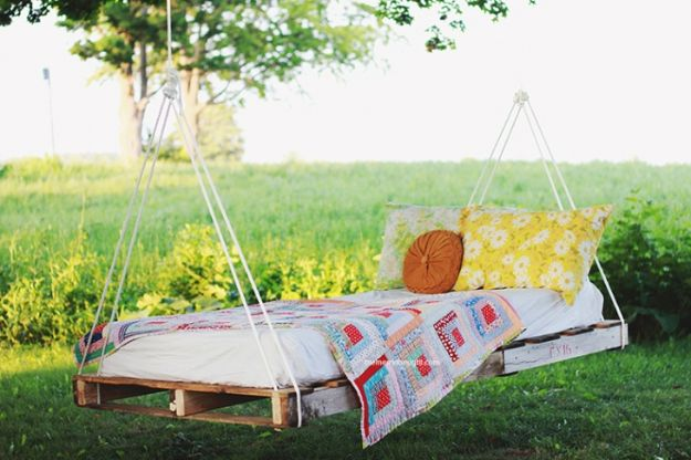 DIY Patio Furniture Ideas - DIY Pallet Swing Bed - Cheap Do It Yourself Porch and Easy Backyard Furniture, Rocking Chairs, Swings, Benches, Stools and Seating Tutorials - Dining Tables from Pallets, Cinder Blocks and Upcyle Ideas - Sectional Couch Plans With Cushions - Makeover Tips for Existing Furniture #diyideas #outdoors #diy #backyardideas #diyfurniture #patio #diyjoy http://diyjoy.com/diy-patio-furniture-ideas
