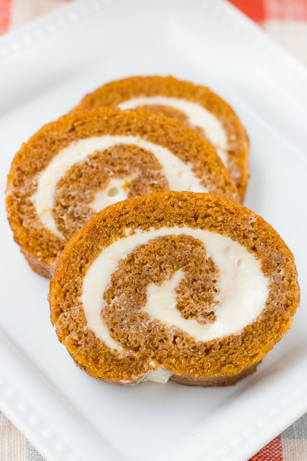 Gluten Free Desserts - Gluten Free Pumpkin Roll - Easy Recipes and Healthy Recipe Ideas for Cookies, Cake, Pie, Cupcakes, Cheesecake and Ice Cream - Best No Sugar Glutenfree Chocolate, No Bake Dessert, Fruit, Peach, Apple and Banana Dishes - Flourless Christmas, Thanksgiving and Holiday Dishes #glutenfree #desserts #recipes