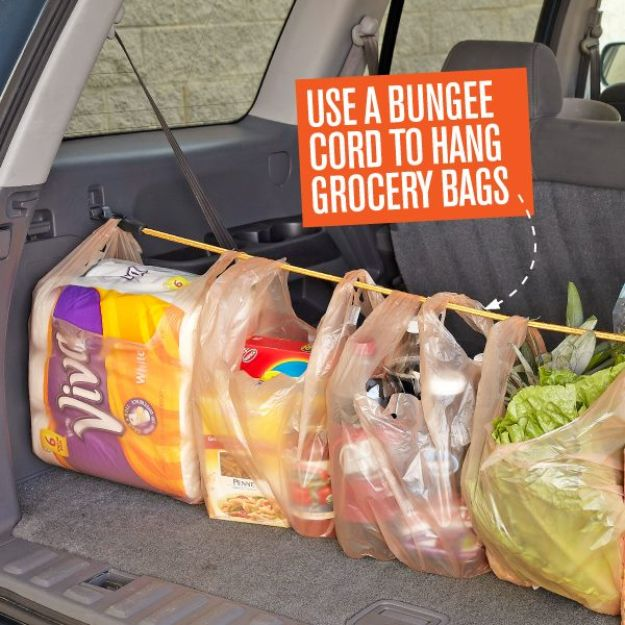 Car Organization Ideas - Hang Groceries In The Car - DIY Tips and Tricks for Organizing Cars - Dollar Store Storage Projects for Mom, Kids and Teens - Keep Your Car, Truck or SUV Clean On A Road Trip With These solutions for interiors and Trunk, Front Seat - Do It Yourself Caddy and Easy, Cool Lifehacks http://diyjoy.com/car-organizing-ideas
