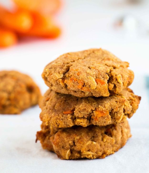 Low Sugar Dessert Recipes - Healthy Cinnamon Carrot Cookies - Healthy Desserts and Ideas for Healthy Sweets Without Much Sugar - Raw Foods and Easy Clean Eating Dessert Tips, Keto Diet Snacks - Chocolate, Gluten Free, Cakes, Fruit Dips, No Bake, Stevia and Sweetener Options - Diabetic Diets and Diabetes Recipe Ideas for Desserts #recipes #recipeideas #lowsugar #nosugar #lowcalorie #diyjoy #dessertrecipes #lowsugar #dietrecipes